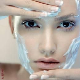 Mascara tensora para rostro y cuello