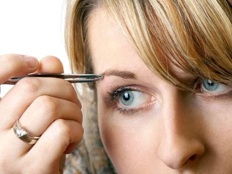 Maquillaje: Posición de las cejas