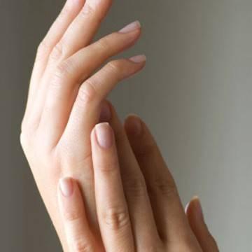 Protege tus manos y tus uñas