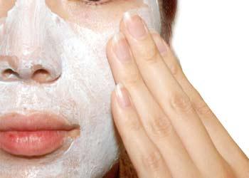 Exfoliantes caseros ayudan a remover impurezas del rostro
