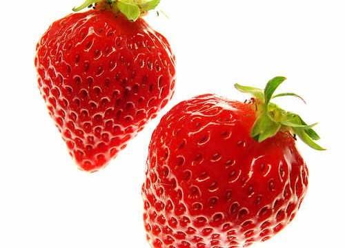 Desmaquillante casero de fresas