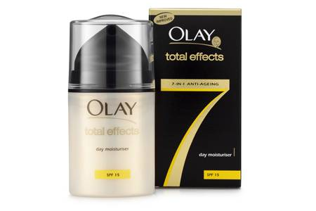 OLAY Total Effects – Marcas de cirugía