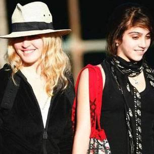 Hija Madonna Maquillaje