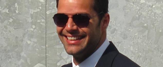 Ricky Martin pone la cara para los pintalabios