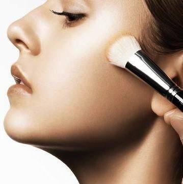 Elegir la base de maquillaje perfecta para ti