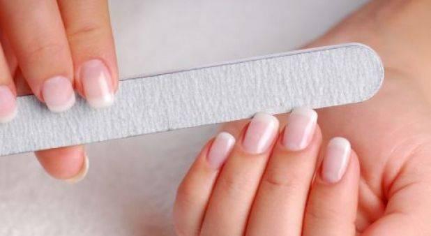 Limar las uñas les da belleza