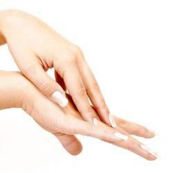 Receta de mascarilla casera para las manchas de las manos
